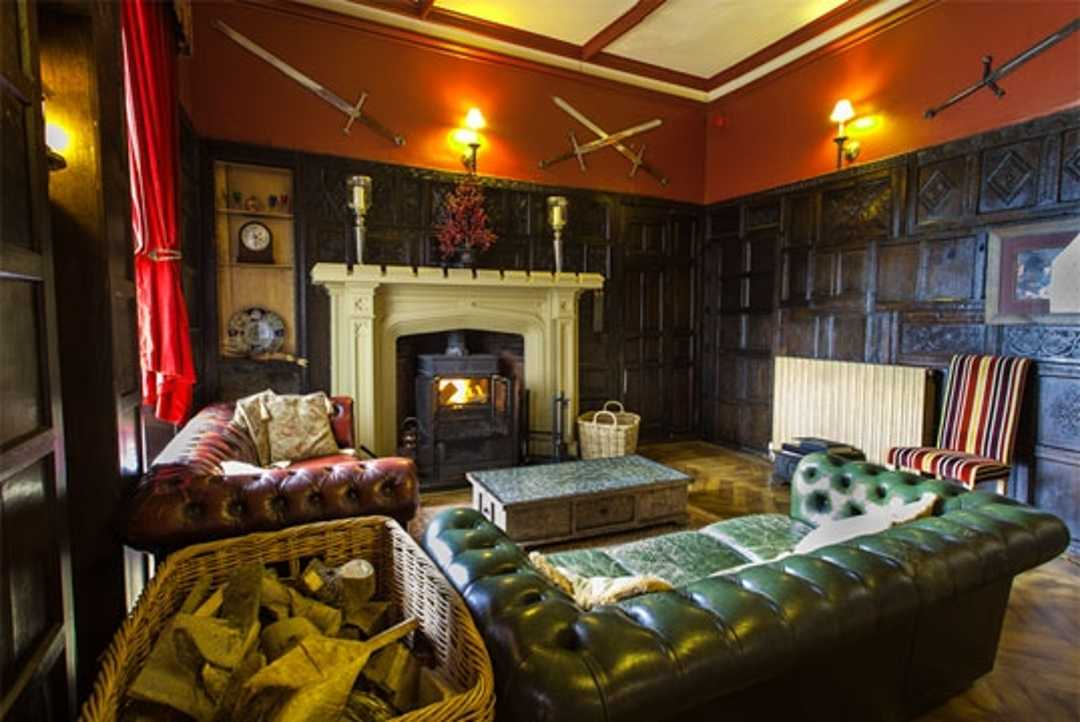 Affordable Castle Stays Augill Castle Kirkby Stephen England Common Room