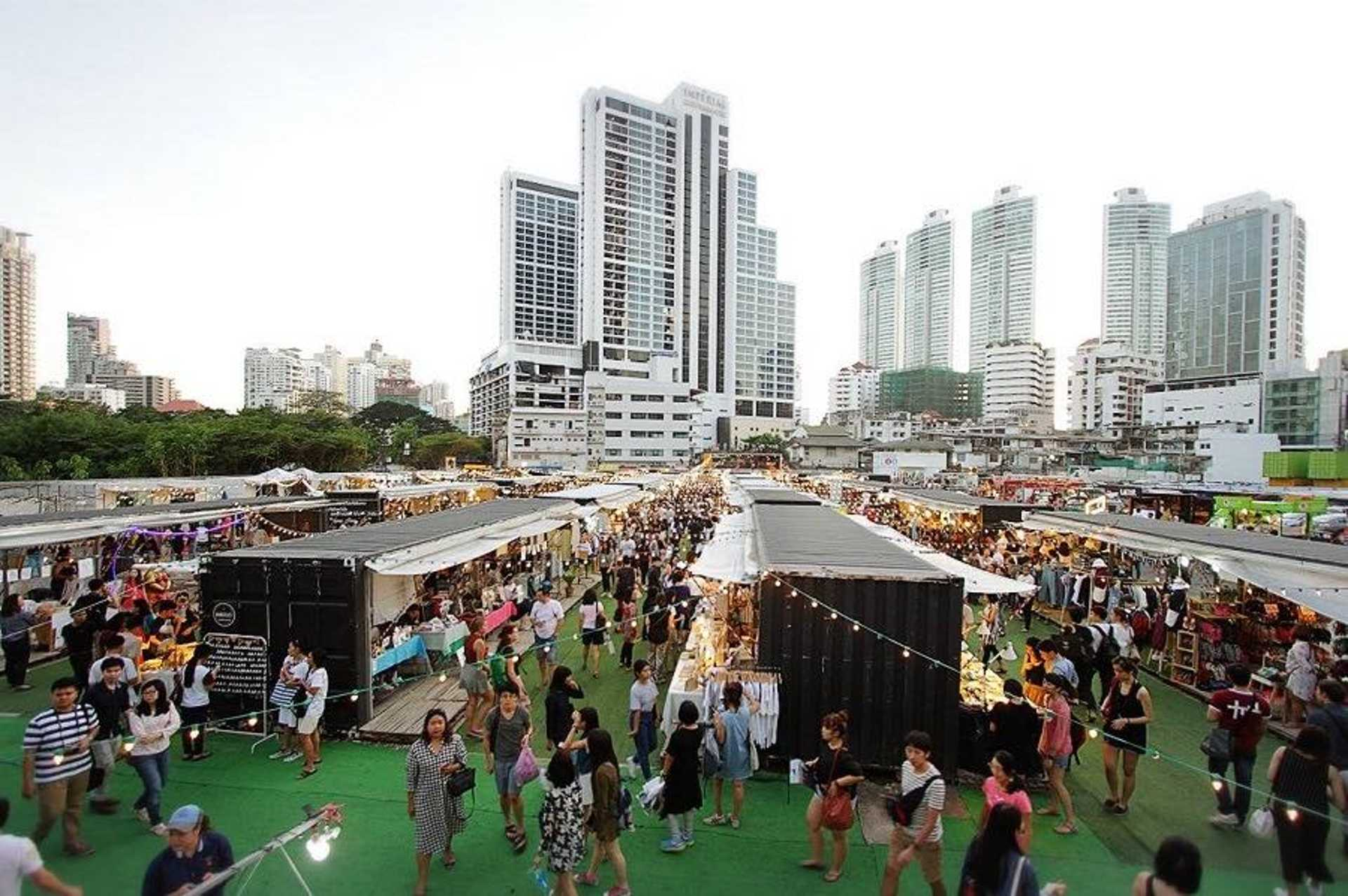 Container-style street market for your instagram