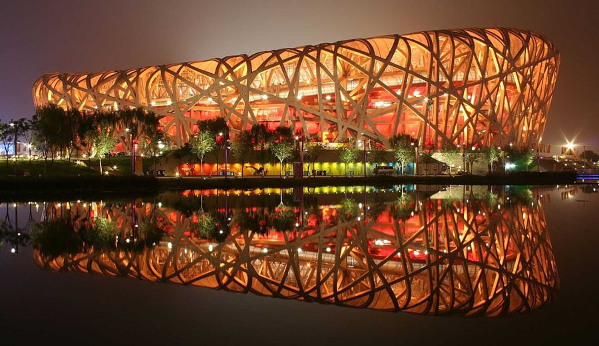 8 - You should consider a night walk in the Olympic Park