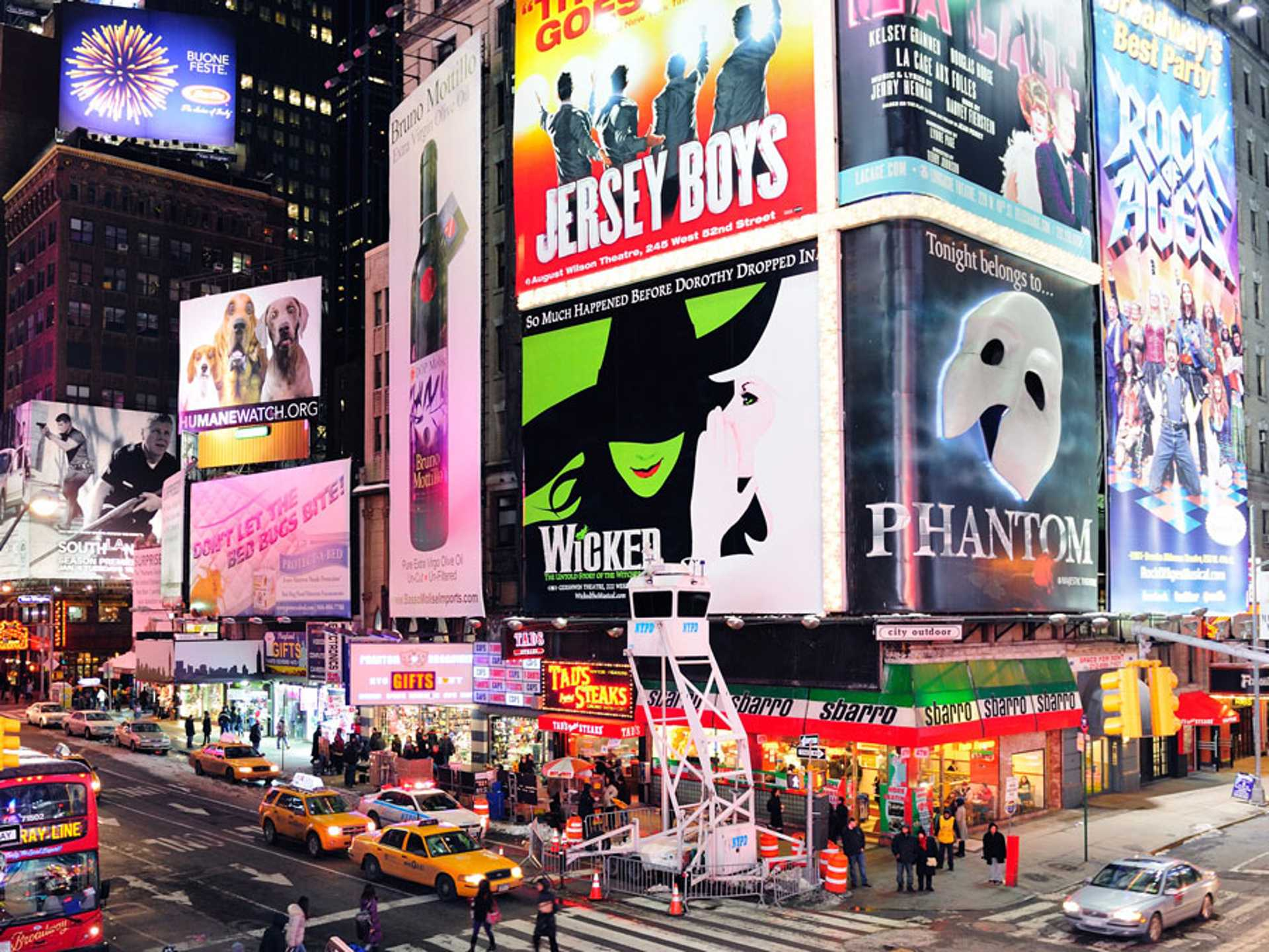 broadway-musicals-times-square-nyc