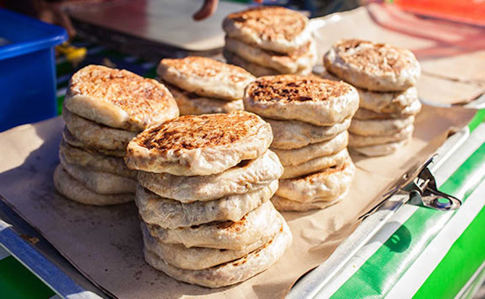 Don't be surprised at the long queues for Murtabak Langkawi - look at how fat they are!