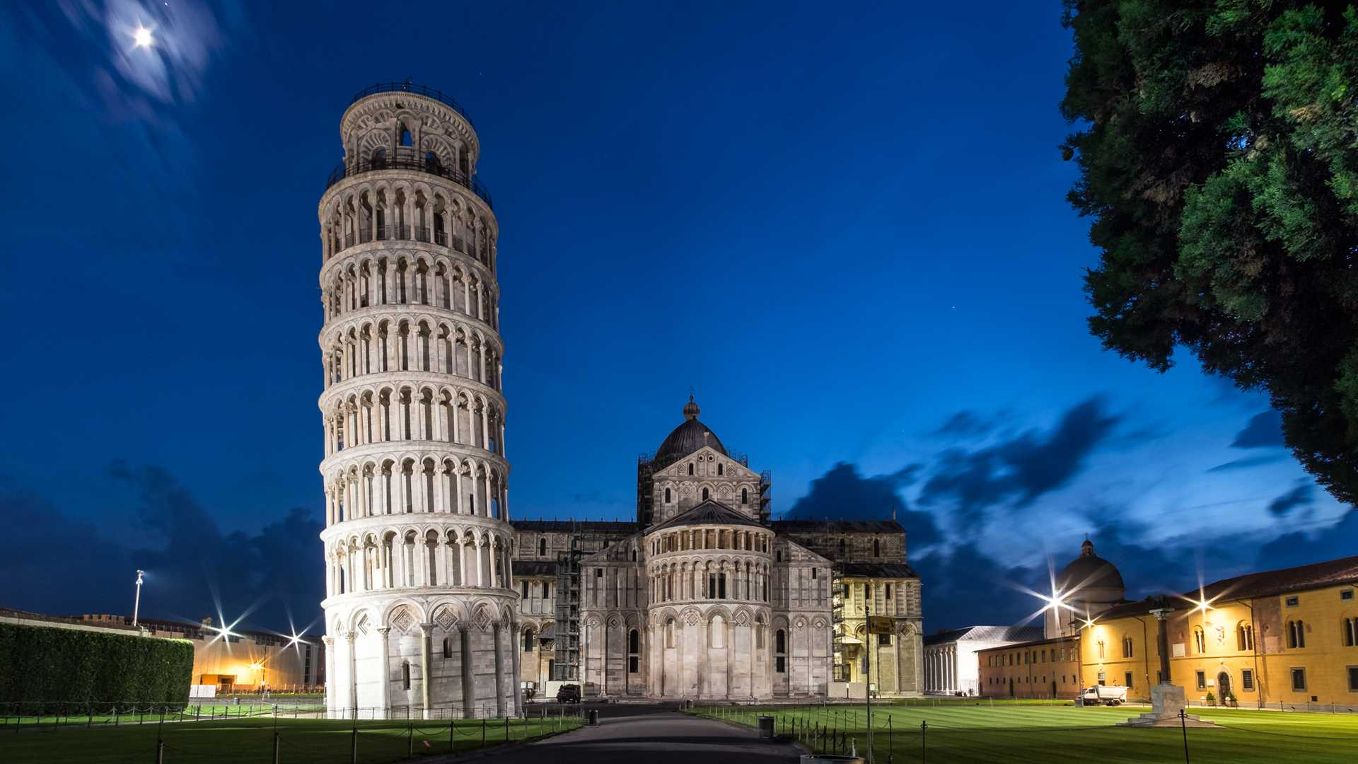 10-italy_leaning-tower-of-pisa