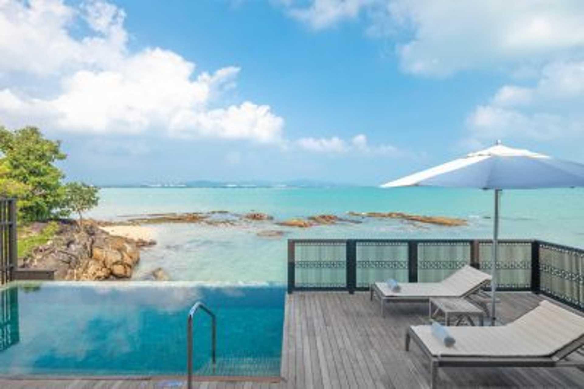 Slide 8 of 8: Ocean Front Villa - Private Pool
