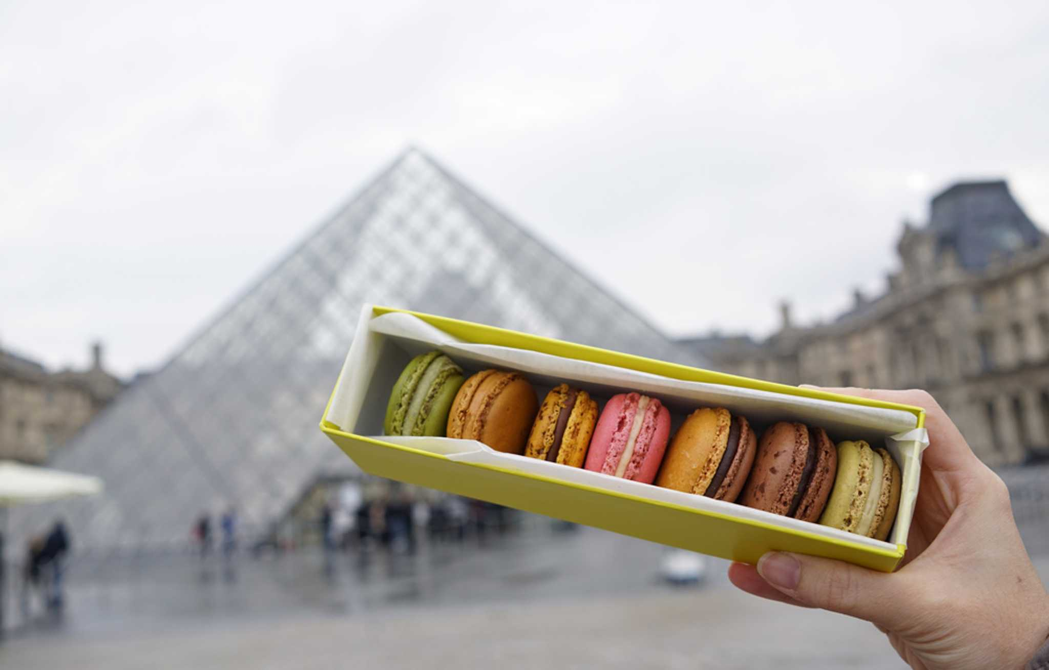 Macarons don't just taste good, they make a good photo too :D